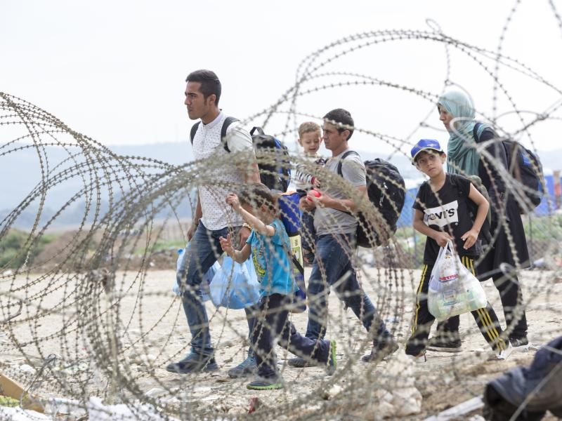 photo of refugees